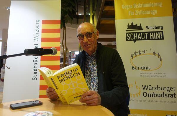 Bild:Unsere Vorlesenden: Eberhard Grötsch